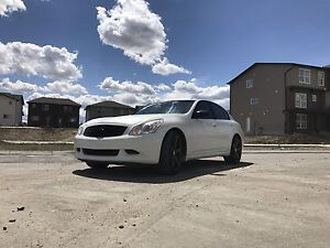 2009 G37xS AWD 170000kms Sport package w/ rims and exhaust