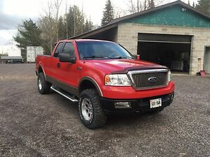 Really clean F-150  4X4 Lariat