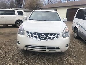 Nissan Rogue  2013 with low kms