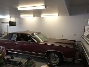 78 Lincoln town car 2 dr
