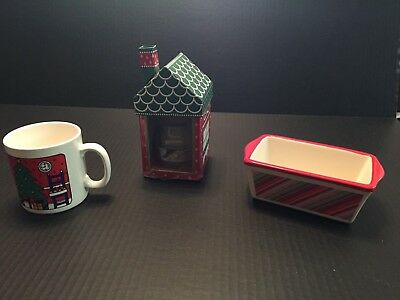 NEW Yankee Candle Holiday Christmas Cookie House-Xmas Cat Mug - mini loaf  pan Christmas Cookie Pan