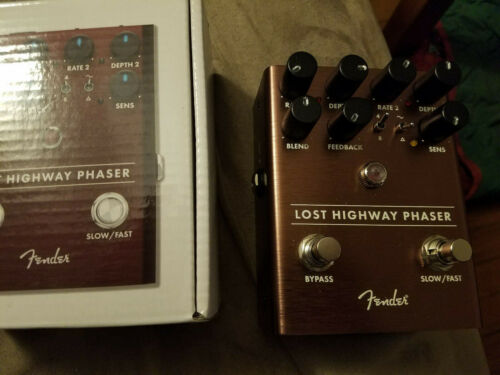 Fender Lost Highway Phaser guitar effect pedal analog 4 and 8 stage ramp