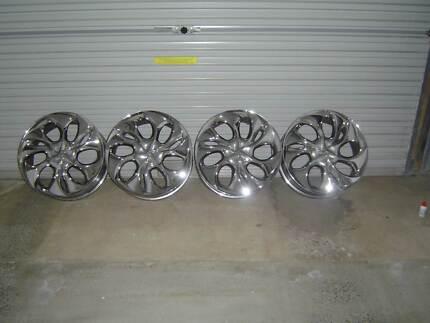 17'' Chrome Mag wheels
