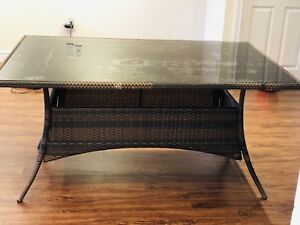 Rattan dinning table for 6