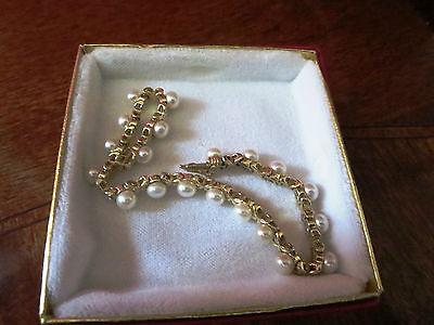 Estate Sale- Vintage 14K Yellow Gold 'X' Link Freshwater Button Pearl Bracelet