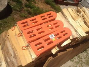 Chainsaw bar guards