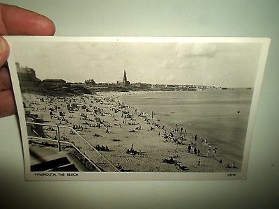 Vintage Photochrom Real Photo Postcard TYNEMOUTH, The Beach V3519 Stamped