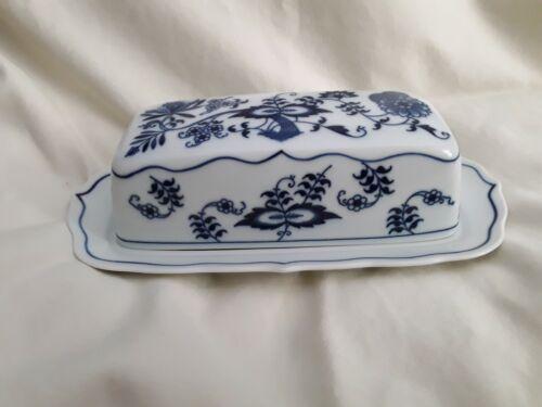 BEAUTIFUL BLUE DANUBE BUTTER DISH, CHINA, JAPAN, MINT CONDITION