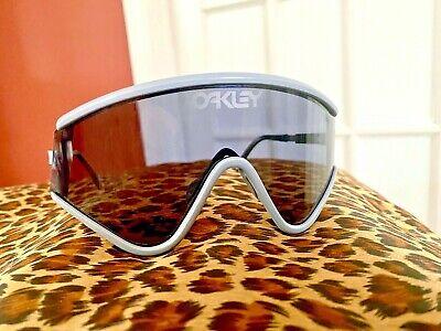 Oakley Eyeshade 30yr Heritage RARE light grey /Grey model #009259-02 123