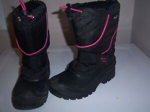 SIZE 3 GIRL'S ICE FIELD WINTER BOOTS London Ontario image 1
