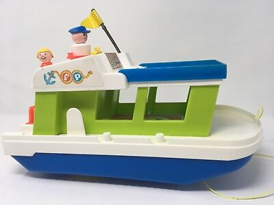 Fisher Price Little People House Boat 1972 with 2 Figures