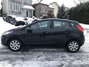 2012 Ford Fiesta *** Bas km *** Finance 100% approuver **