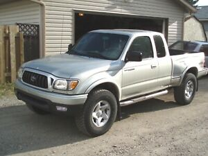 Looking for a Toyota Tacoma 4x4 (1995-2004)