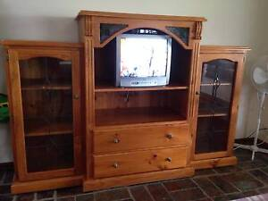 Solid Pine timber TV/Display cabinet Stain glass decoration. Jimboomba Logan Area Preview