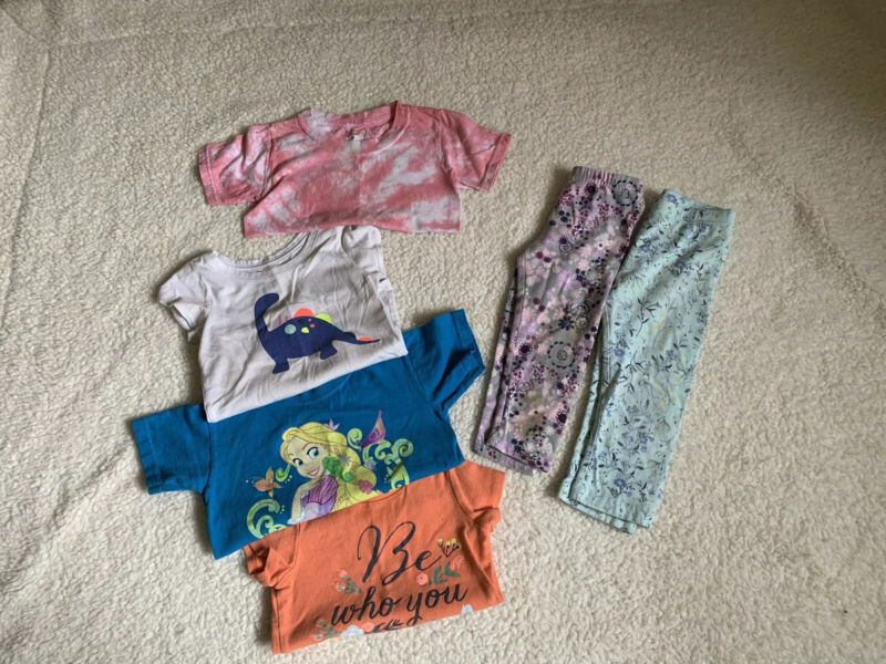 Girls Lot Of Play Clothes Sizes 2-4T Leggings Tee Shirts Carters Old Navy Disney