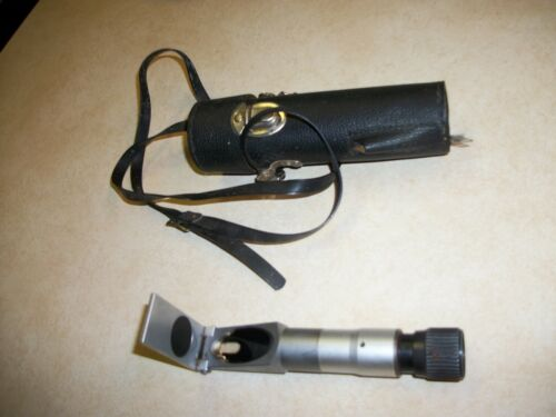 Lafayette Refractometer Scientific Instrument model 99-7036l with case