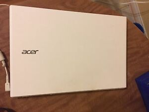 Mint Condition Acer Aspire E5-532 Series.