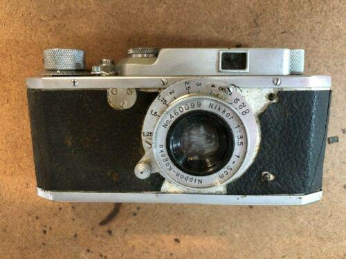 Rare  Canon  Seiki Kogaku  no.8187 Camera w/ Nikkor- 5cm 1:35 & case