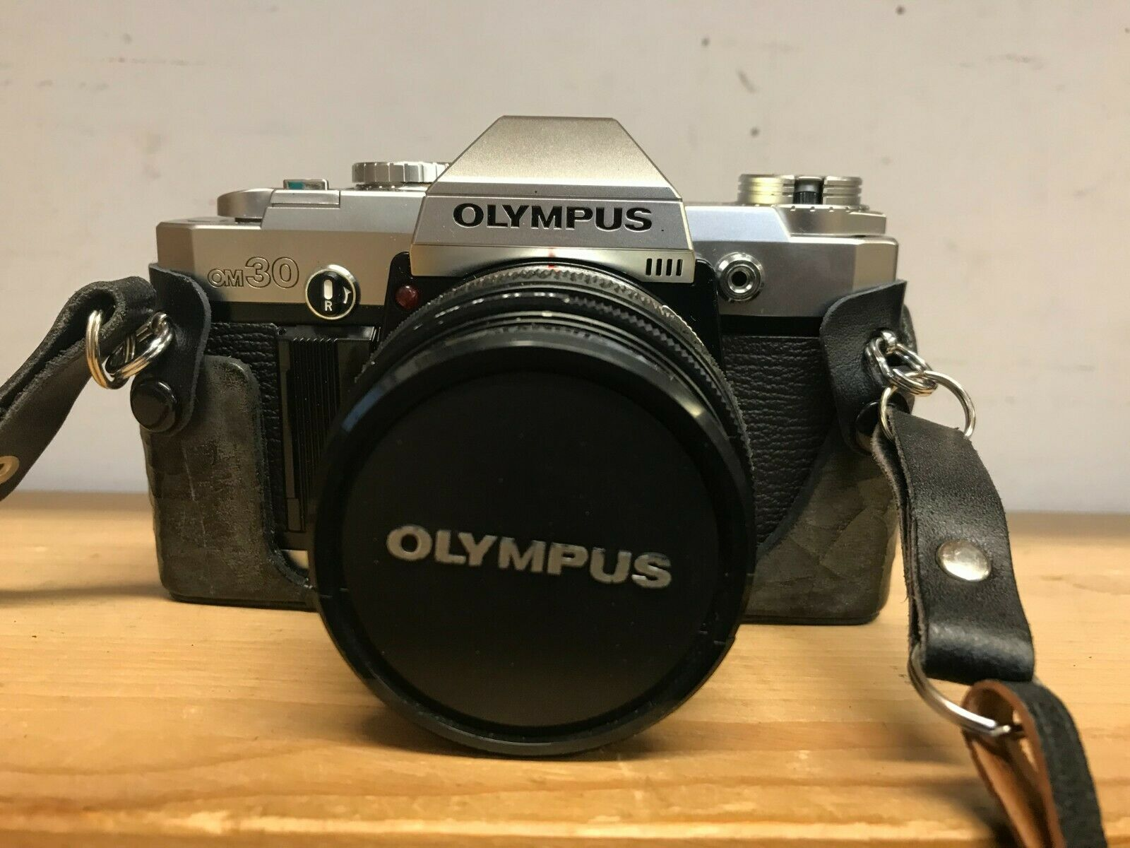 Olympus Camera OM-30 om-system / Zuiko / 35mm SLR Camera