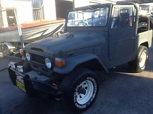 1973 Toyota LandCruiser FJ40 Convertible 350 Chev 400 Gearbox Shellharbour Area Preview