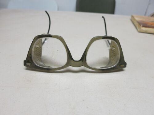Vintage, BOUTON U-FIT temples safety glasses  Sideshields CLEAR LENSE