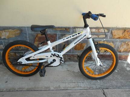 Boys Bicycle 16 Inch Radius Alloy Frame Good tyres. Rosewater Port Adelaide Area Preview