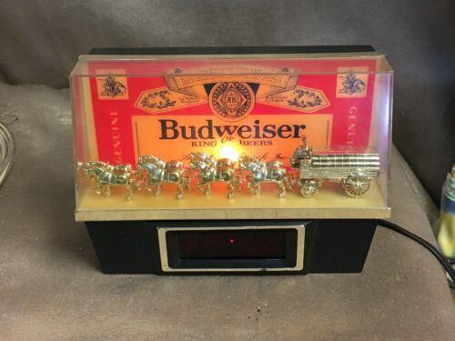 Vintage Budweiser Clydesdale Digital Light Up Bar Clock Working  Light Burned