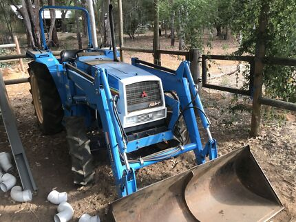 Tractor Mitsubishi mtx4801