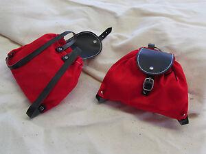 Puppenzubehör  Puppenrucksack Rotes Material Baumwoll und Kunstleder Schwarz.