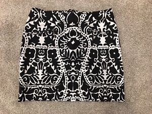 H&M Skirt (Size 6)