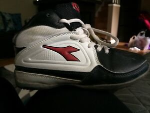 Size 12 boys basketball runners