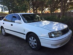 Duel fuel 2000 Toyota Avalon 12 mths Registration and RWC Endeavour Hills Casey Area Preview