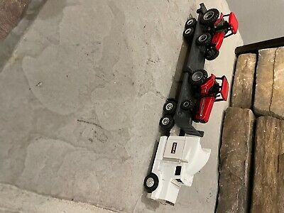 Case Ih Peterbuilt Truck And Flatbed Trailer With Case 7240 And A Mx 135tractors