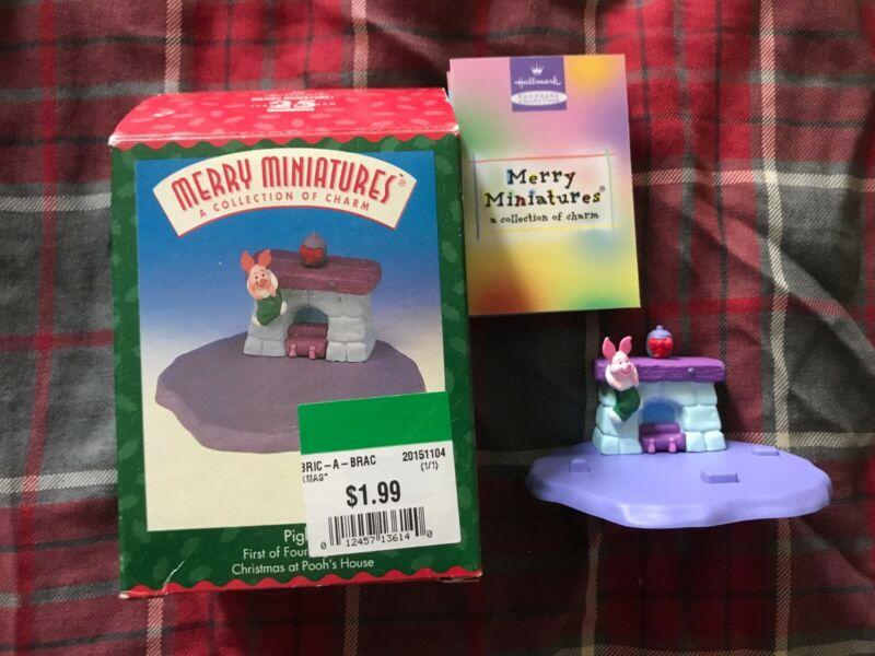 Hallmark Merry Miniatures 1999 - Winnie the Pooh - Piglet