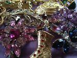 Ozzyshari Vintage Jewels