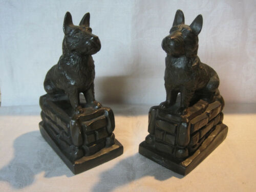 Vintage cast metal Scottie dog Scottish Terrier dog bookends