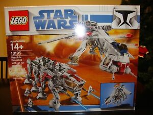 NEW 2009 LEGO Star Wars 10195 Republic Dropship with AT-OT Walker In Sealed Box