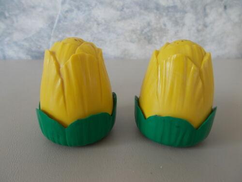 Vintage Retro Yellow & Green Jaydon Tulip S&P Salt Pepper Shakers Plastic