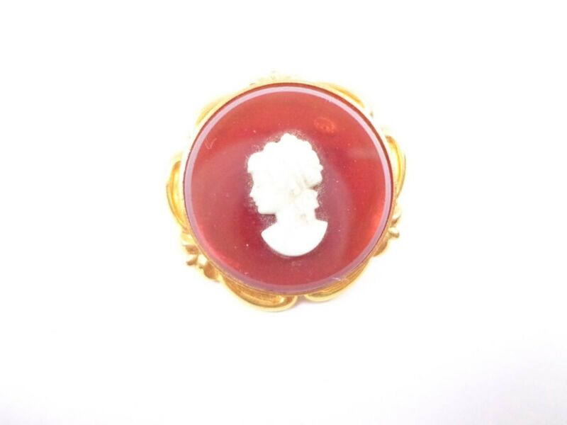Vintage circle gold tone dark red beige cameo pin brooch