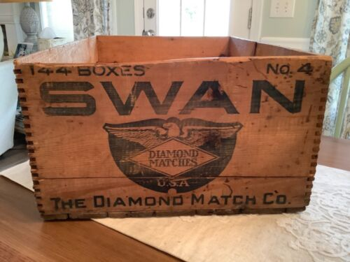 """Antique SWAN Diamond Match Co. Wooden Dovetail Crate Box 16.5"""" x 23"""""""
