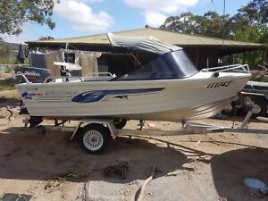 boat 4.2m quintrex and 75 series landcruiser combo