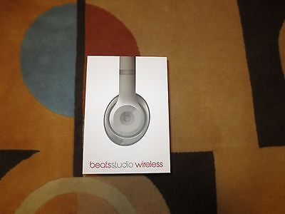 Apple Beats by Dr. Dre Studio 2.0 Wireless Headphones - Titanium MHAK2AM/B