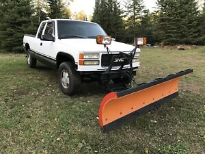 1998 GMC 1500 with plow