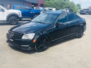 2011 MERCEDES C300 *IMPECCABLE**