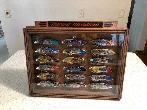 set of 18 franklin mint Harley Davidson pocket knifes with display case