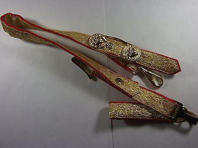 Säbelgehänge Länge ca. 54cm Das Gehänge rot mit goldener Tresse- mit Eichenlaub