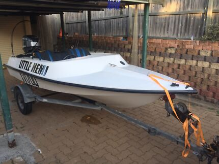 12ft mini speed boat viper hps 50hp Yamaha outboard motor trailer led Helensvale Gold Coast North Preview