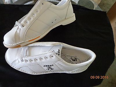 White Bowling Shoes-right Hand Size 11 1/2