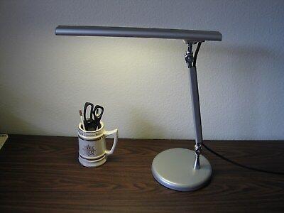 Excellent LED Task Light by Steelcase-Sleek, Elegant, Efficient-A Value! Led Task Light