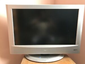 JVC 32 inch Flat Screen TV
